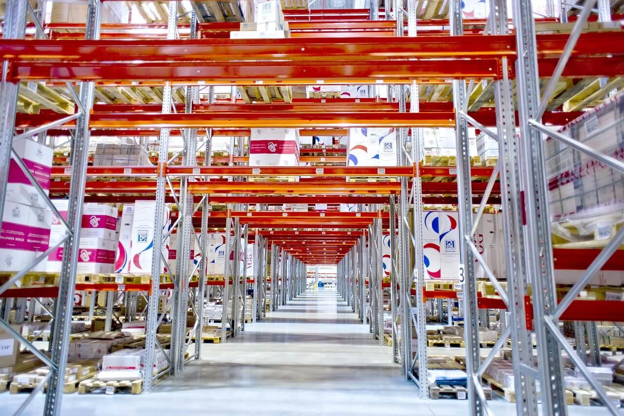 wms contribue diminution coûts logistiques